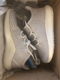 Kids Tubular shadow shoes size 7K Mississauga, L5A 1W6