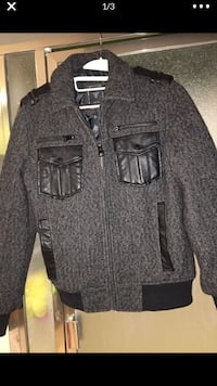 Jacket guees