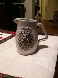 BEAUTIFUL pitcher. excellent condition  Frederick, 21701