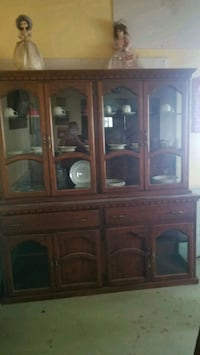 brown wooden framed glass display cabinet El Paso, 79932