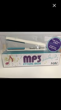 white MP3 hair flat iron with pack