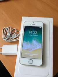 Iphone 5S gull med ladere Sandnes, 4308