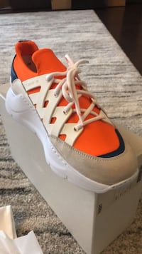Sneakers PS821 - Taille 38, Neuves. No. 23/100 Neuilly-sur-Seine, 92200