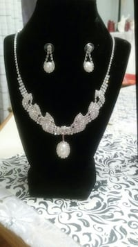 Bridal and Wedding Necklace and Earrings Set Virginia Beach, 23455
