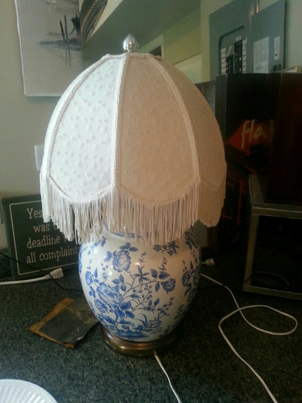 white and blue porcelain table lamp