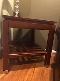 brown wooden 3-layer rack Chantilly, 20152