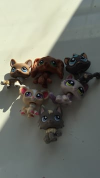 six My Littlest Shop plastic toys Brantford, N3T