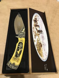 yellow and gray folding knife with case Windsor, N9A 3L1