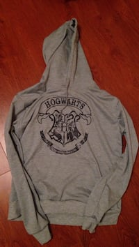 Harry Potter hogwarts long sleeve Mississauga, L5V 2Z7