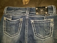 Miss Me jeans cropped size 28  Independence, 64052
