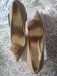 Brand new never worn nine West taupe shoes 7 1/2 Ontario, M3C 3Z5