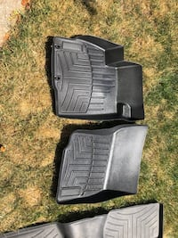 Mitsubishi Outlander Mats and rear cargo screen Mississauga, L5N 3W1