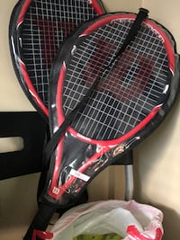 2 WILSON TENNIS RACKETS LIKE NEW 10 BALLS  INCLUDED VANCOUVER