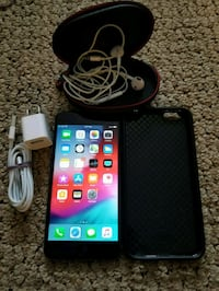 iPhone 6 plus +128gb like new with case  Dollard-des-Ormeaux, H8Y 3B8
