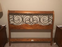 Wood Grain Head Board & Foot Board - Queen Size 52 km