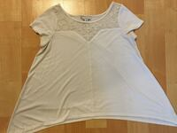 American Eagle ladies small white top -$5 Mississauga, L5L 5P5