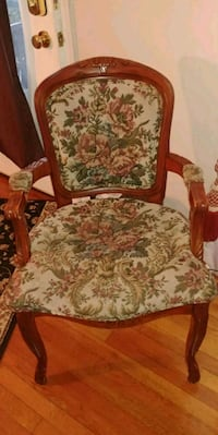 brown wooden frame white floral padded armchair Maryland, 20706