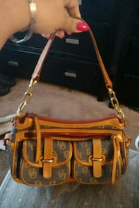 Dooney & Bourke Suitland-Silver Hill, 20746