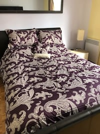 Purple and beige bed spread Longueuil, J3Y