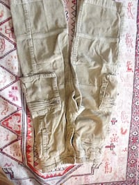 GAP Kids Size 5 Pants with 6 pockets ! Ottawa, K2S 0K4