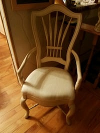 Nice upholstered seat chair