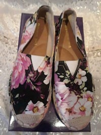 NEW MADDEN GIRL FLORAL SHOES Las Vegas, 89130
