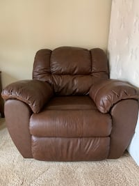 Brown leather Reclining chair Arlington, 22206