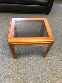 Square brown wooden framed glass top coffee table Waipahu, 96797