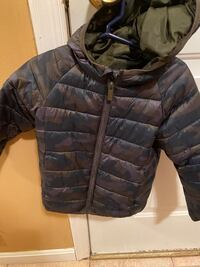 Lightweight 2-3 year old toddler jacket Freehold, 07728