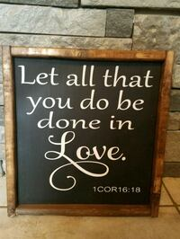 black and white wooden quoted wall decor