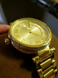 round gold-colored analog watch with link bracelet Escondido, 92025