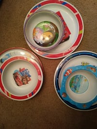 Small children's bowls x3 children's plates x3 Calgary, T3A 2H4