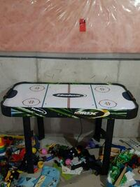 black and green air hockey table Innisfil, L9S 5A5