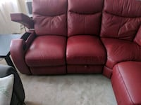 Embossed leather couch Delta, V4C 1Y2
