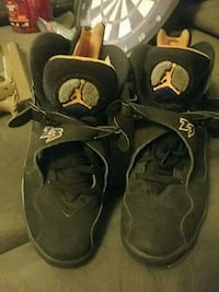 Size 10 men's retro 8s Minneapolis, 55418