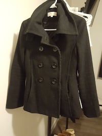 Women's coat - size 6 Kingston, K7M 6P8