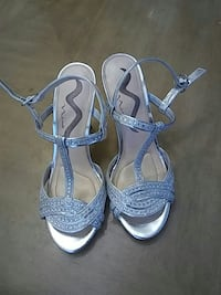 Silver shoes size 6.5 Port St. Lucie, 34953