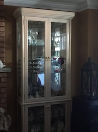 Cabinet in rose white Vaughan, L6A 1G6