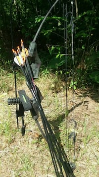 black and brown compound bow Lawrence, 49064