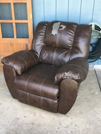Recliner  Independence, 97351