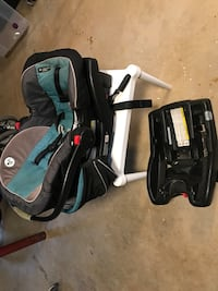 Car seat with two clip in bases Jarrettsville, 21084