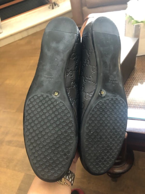 Gucci size 41 loafers with dustbag and in the box 7cef8fd6-40b0-4259-9240-0deb1e6d6630
