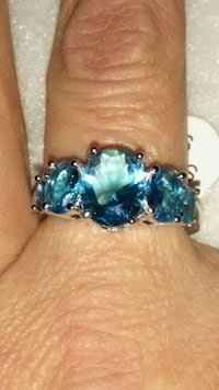 Sterling silver and 5 topaz ring Las Vegas, 89121