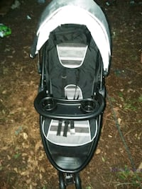 baby's black and white jogging stroller Mableton, 30126