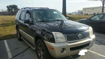 04' (AWD) Mercury Mountaineer (w/3rd. row)
