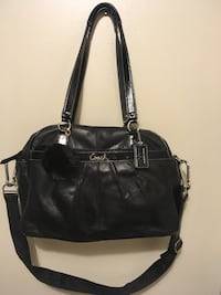 Women's black leather 2-way bag Edmonton, T6K 0J8