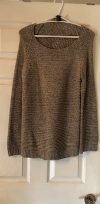 grey knitted sweater Vaughan, L6A 3K2