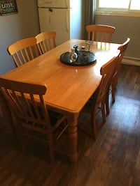 Brown wooden 6 chairs dining table set Brantford, N3S 1K2
