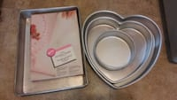 Wilton Cake pans and parchment triangles Worthington, 43085