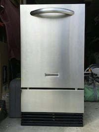 Kitchen Aid Ice Maker  Calgary, T2B